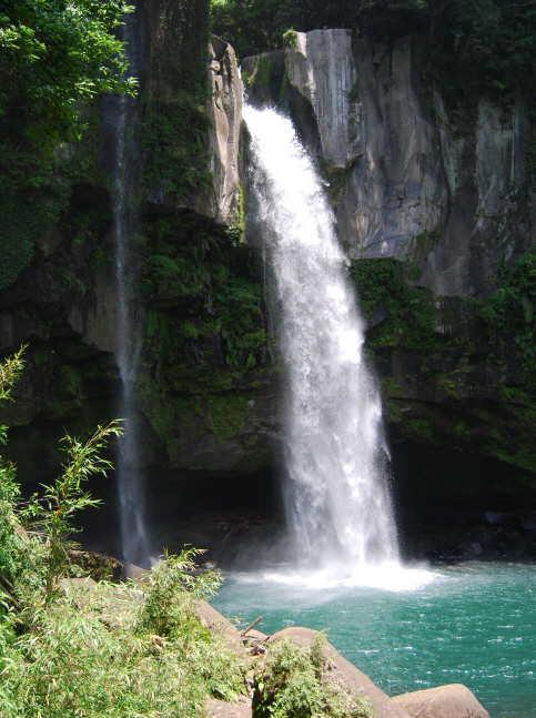 犬飼の滝ー霧島と坂本龍馬